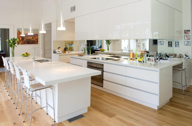 Corian køkken - Se eksempler på flotte Corian køkkener