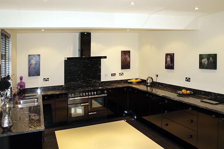 Granit bordplader   se vores udvalg af granitbordplader her